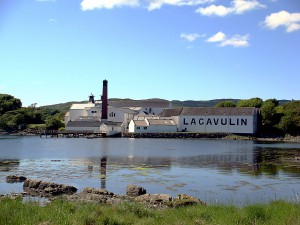 Lagavulin Distillery (Source: commons.wikipedia.org)