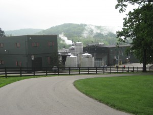 Jim Beam Distillery (Source: commons.wikimedia.org)